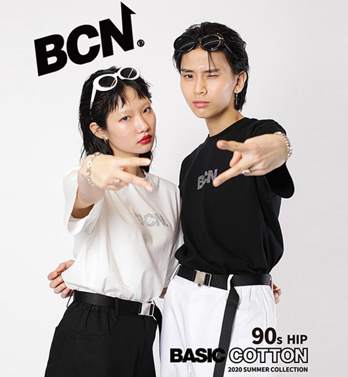 BASIC COTTON ベーシックでユニセックスなコットンベースのデザインを軸に、2013年にスタートした韓国のUNISEX CASUAL WEARブランド シーズンごとにビビッドでアイコニックなカラーとプリントを独自のポップな世界観に落とし込んだアイテムを展開する トレンディなアイテムは本国のみでなく、世界中にファンを増やし続けている